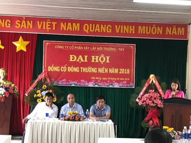 Trưởng ban Thư ký Lê Thị Hiền